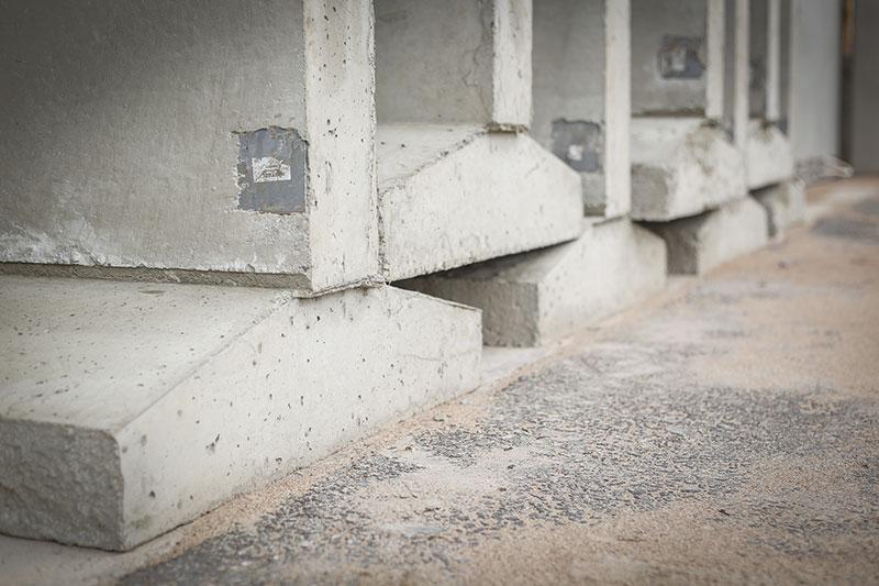 Valmiit betonianturat